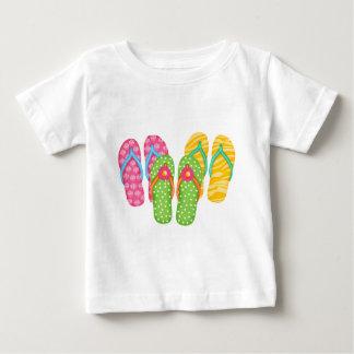 夏のビーチサンダル ベビーTシャツ