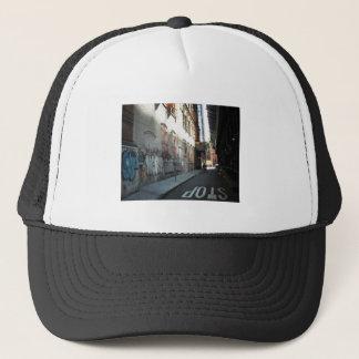 夏の日のニューヨークシティの細道 キャップ