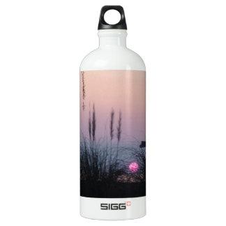 夏の日没 ウォーターボトル