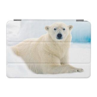 夏の氷の大人の白くまの大きい雄豚 iPad MINIカバー