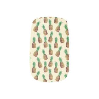 夏の軽いベージュパイナップルパターン ネイルステッカー