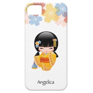 夏のKokeshiの人形-黄色い着物の芸者女の子 iPhone SE/5/5s ケース