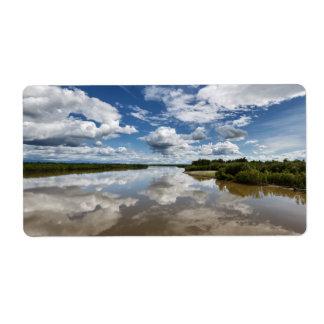 夏らしな景色: 川の反射を曇らせます ラベル