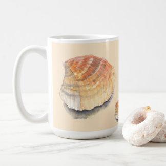 夏季休暇のビーチからのドクムギの貝殻 コーヒーマグカップ