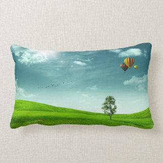 夏草原の景色のLumbarの枕 ランバークッション