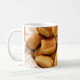 夕食ロールのバスケット コーヒーマグカップ