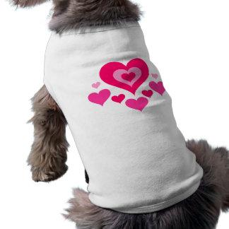 多くのハート犬のティー ペット服