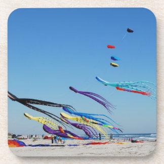 多くの数々のな色凧 コースター