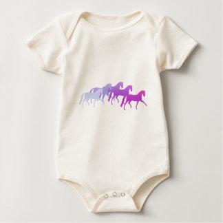 多くの馬(紫色) ベビーボディスーツ