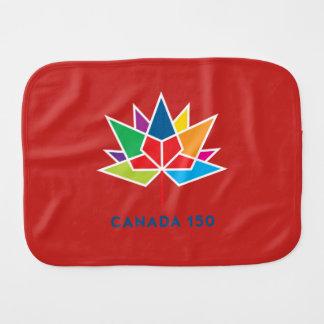 多彩でおよび赤いカナダ150の役人のロゴ- バープクロス
