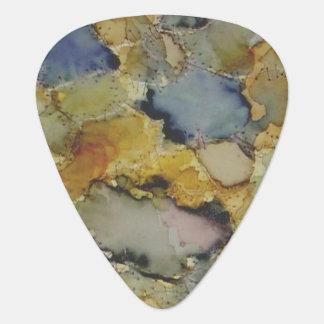 多彩なカラフルはギターの一突きを染めました ギターピック