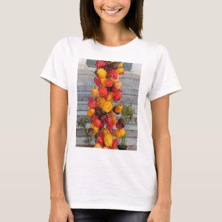 多彩なチリペッパーの類別 Tシャツ