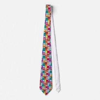 多彩なハートの正方形 ネクタイ