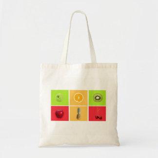 多彩なフルーツが付いているトートバック トートバッグ