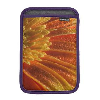 多彩な花びらを搭載するオレンジ花 iPad MINIスリーブ