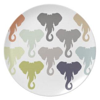 多彩な象 プレート