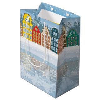 多彩のクリスマス都市 ミディアムペーパーバッグ