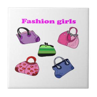 多彩のファッションのバッグの絵 タイル