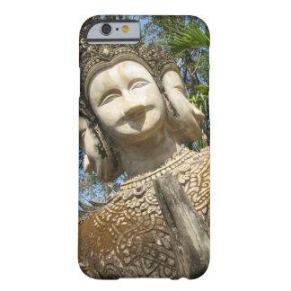 多数はWai… Nong Khai、Isaan、タイに直面します Barely There iPhone 6 ケース