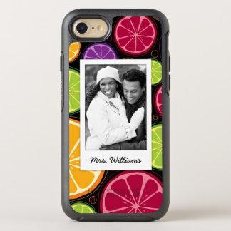 多色のな柑橘類は|あなたの写真を加えます オッターボックスシンメトリーiPhone 8/7 ケース