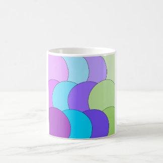 多色刷りのおもしろいの円の波 コーヒーマグカップ