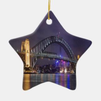 夜および美しいのシドニーのハーバーブリッジ セラミックオーナメント
