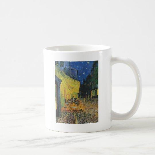夜のカフェテラス コーヒーマグカップ