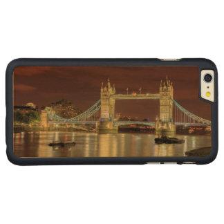 夜のタワー橋、ロンドン CarvedメープルiPhone 6 PLUS スリムケース
