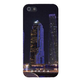 夜のドバイCayanタワー iPhone 5 カバー