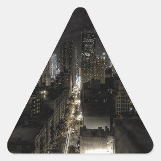 夜のニューヨークシティ 三角形シール