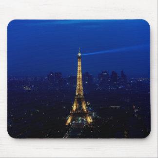 夜のパリEifelタワー マウスパッド