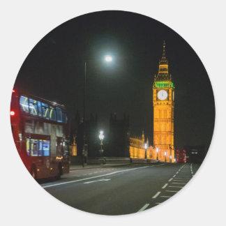 夜のビッグベンそしてロンドンバス ラウンドシール