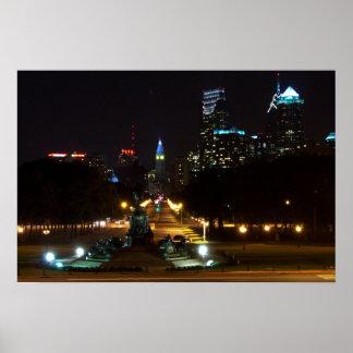 夜のフィラデルヒィアペンシルバニア、繁華街に ポスター