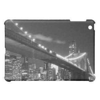 夜のブルックリン橋そしてマンハッタンスカイライン iPad MINI カバー