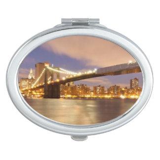 夜のブルックリン橋そしてマンハッタン