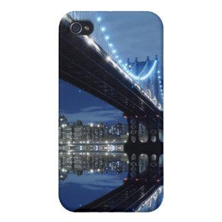 夜のマンハッタン橋およびマンハッタンスカイライン iPhone 4/4S COVER