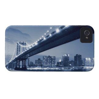 夜のマンハッタン橋そしてスカイライン Case-Mate iPhone 4 ケース