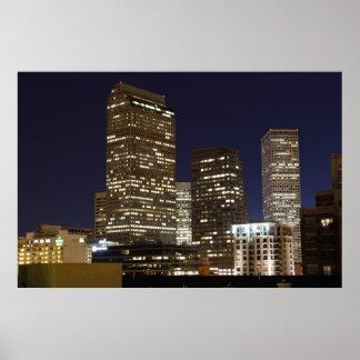 夜の都心のデンバー ポスター