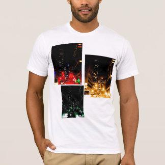夜の都心のバンクーバー Tシャツ