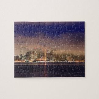 夜の霧のサンフランシスコのスカイライン ジグソーパズル