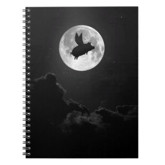 夜の飛んでいるなブタのノート ノートブック