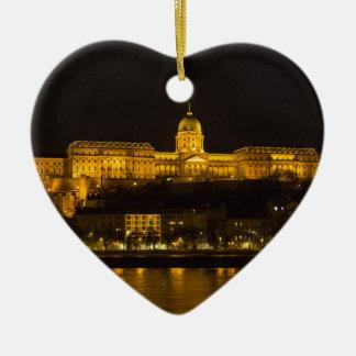夜のBudaの城ハンガリーブダペスト セラミックオーナメント