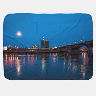 夜のBurnside橋、ポートランド ベビー ブランケット