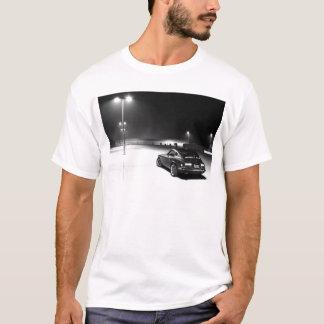 夜のDatsun 240z Tシャツ
