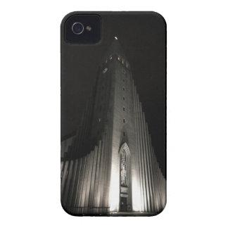 夜のHallgrimskirkja教会 Case-Mate iPhone 4 ケース