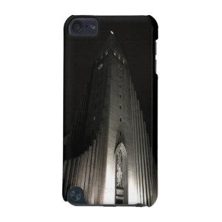夜のHallgrimskirkja教会 iPod Touch 5G ケース