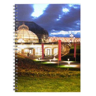 夜のPhippsの温室 ノートブック
