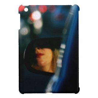 夜は女性Red Lipstick車鏡をつけます iPad Miniケース