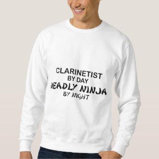 夜までにクラリネット奏者の致命的な忍者 スウェットシャツ