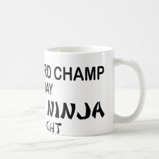 夜までにクロスワードパズルの致命的な忍者 コーヒーマグカップ